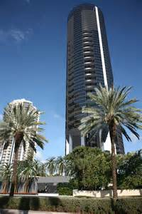 Porsche Building Isles Porsche Design Tower Miami 18555 Collins Avenue