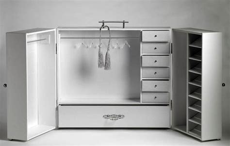 fashion doll wardrobe trunk collecting fashion dolls by gold deluxe fashion