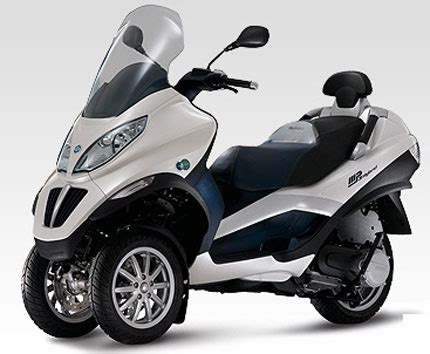 125 Kubik Motorrad Führerschein by Motorrad News 125er Motorr 228 Der 1000ps De