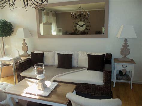 Idee Deco Salon Taupe Et Blanc