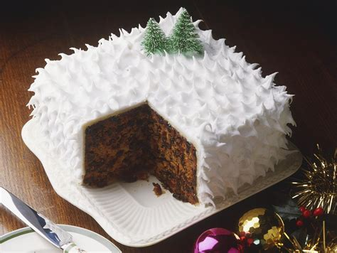 Outdoor Home Christmas Decorating Ideas by Traditional British Christmas Cake Recipe