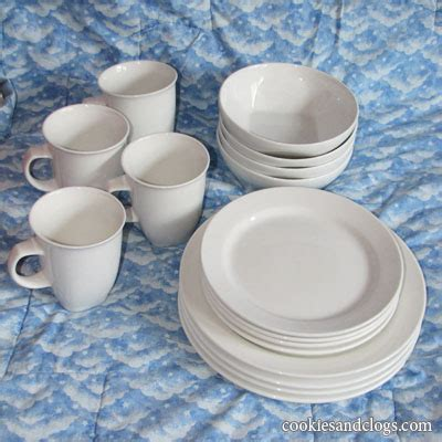 Oneida Serving Set Giveaway - oneida chef s table dishes