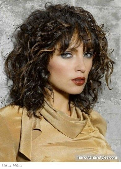 natural curly hairstyles for over 50 medium length naturally curly hairstyles super chic