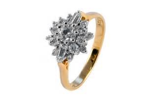 18ct gold 75 carat 18 cluster ring