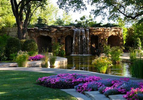 11 Most Stunning Botanical Gardens In America Dallas Arboretum And Botanical Garden