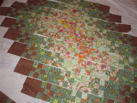 Blooming Nine Patch Quilt Pattern by Free Blooming 9 Patch Quilt Pattern Free