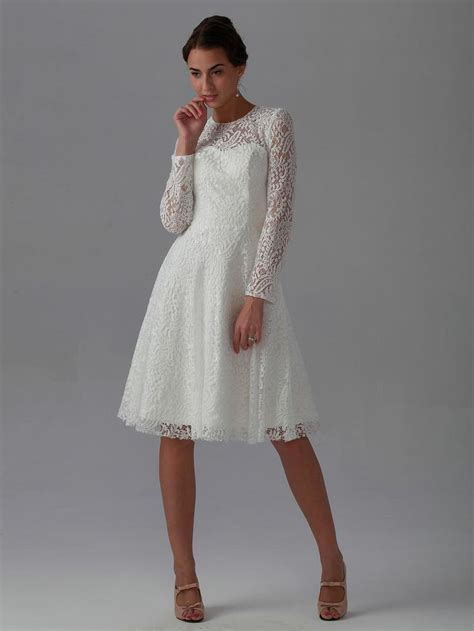 2015 New Best Elegant A Line Knee length Long Sleeve Lace