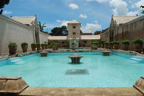 Air Jogja wisata jogja istana air taman sari aneka tempat wisata