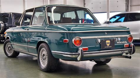 2002tii bmw find of the week 1972 bmw 2002tii autotrader ca