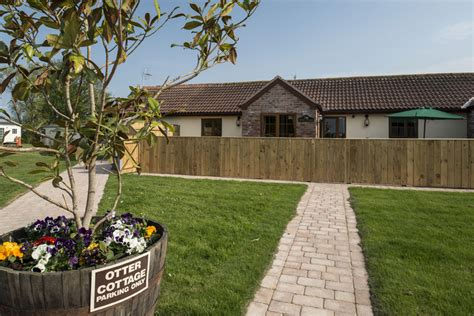 Otter Cabin House by Otter Cottage Barmston Farm