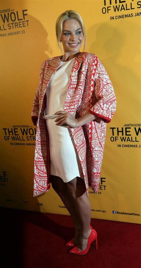 Yzy Kimono Miumiu Maroon 122 best premiere carpet images on academy olga kurylenko and burgundy rugs
