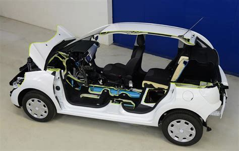 psa car compressed air hybrid tech peugeot to offer in 2016 on
