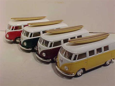 Vw Volkswagen Samba Scale 132 Urago world classic toys vw volkswagen 1 32 scale vw
