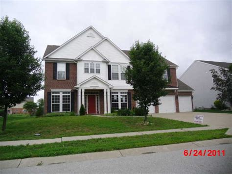 8254 holmard pl indianapolis indiana 46259 foreclosed