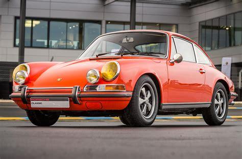 porsche 911 orange voiture porsche 911 2 0s 1969 orange sanguine b4 cars