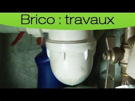 Comment Déboucher Une Baignoire Vinaigre Blanc by D 233 Boucher Lavabo Ou 233 Vier En 15 Minutes Tipee