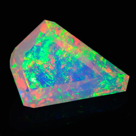Welo Opal welo opal faceted kite 4 09 carat