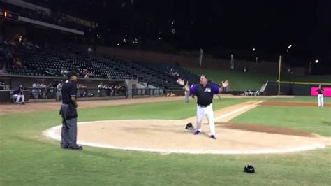 Topi Baseball Ucme K9 Ls minor league manager takes shoes tosses helmet during epic blowup sbnation