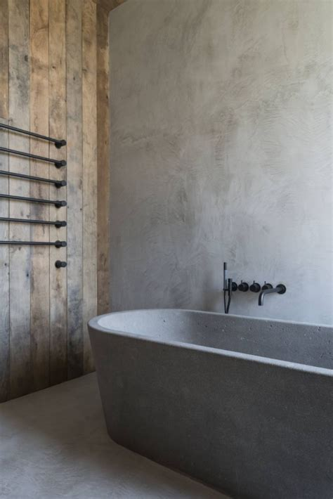 concrete bathtubs 25 best ideas about concrete bathtub on pinterest