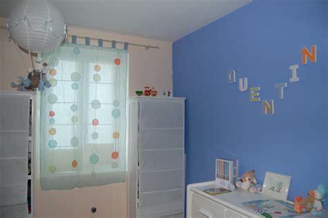 theme chambre bébé fille chambre mauve et bleu