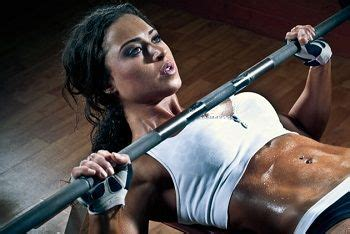 female bench press 23 best images about female bodybuilding on pinterest