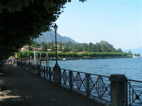 lago maggiore porto valtravaglia file porto valtravaglia uferpromenade jpg wikimedia commons