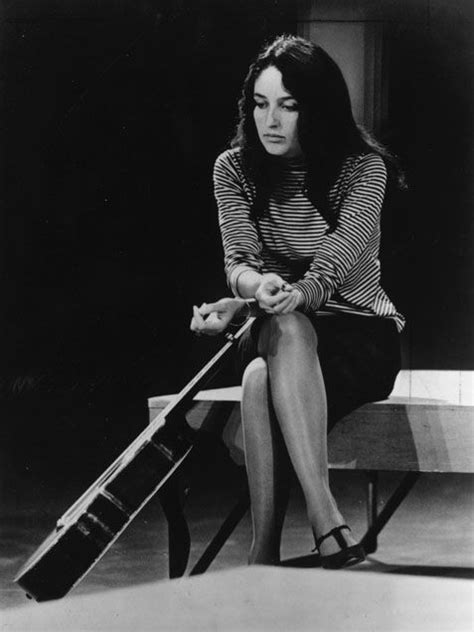 -Joan Baez- est l'une des voix des années 1960 et 1970
