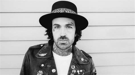 yelawolf face tattoos 10 rappers who took tattoos a tad far