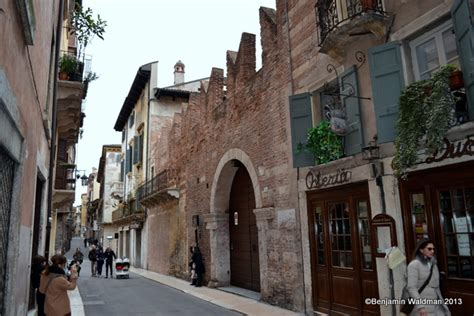 casa romeo verona 6 in verona italy to follow the footsteps of romeo