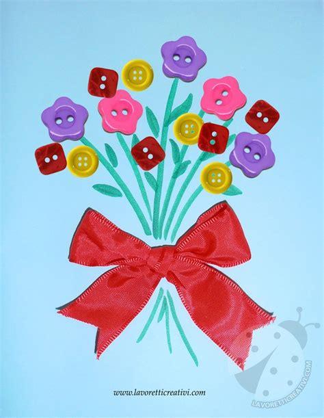 fiore con la a bouquet di fiori con bottoni lavoretti creativi