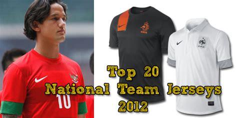 Sepatu Bola Terbagus wong jowo 20 jersey timnas terbaik 2012 1