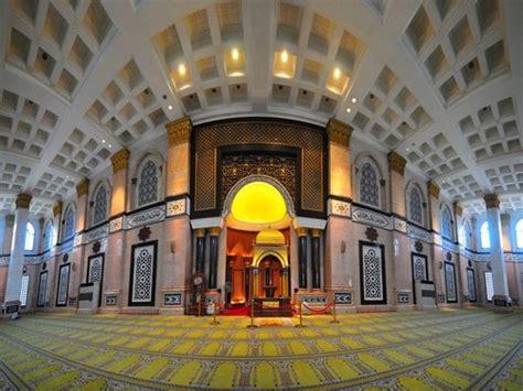 wallpaper emas islam images masjid kubah emas hd wallpaper and