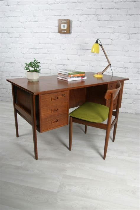 25 best ideas about scandinavian desk on