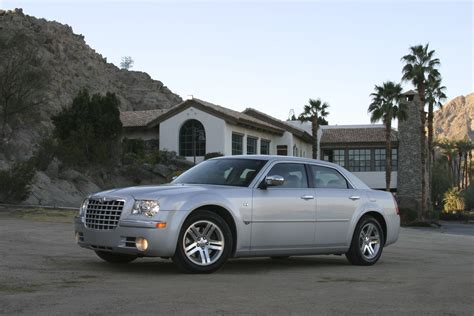 pictures of chrysler 300c specs 2004 2005 2006 2007 2008 2009