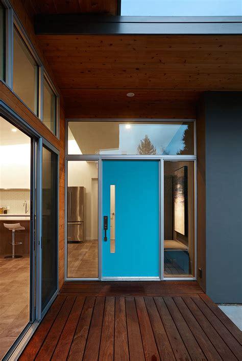 examples  colorful doors  brighten   modern