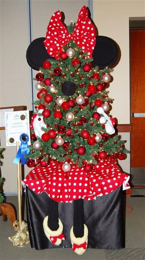 minnie mouse christmas tree christmas decor pinterest