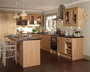Glass Handles For Kitchen Cabinets Burford Light Oak Kitchen Kitchen Design Elements
