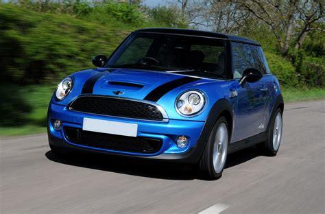 Back For Mini Blue mini cooper blue with black stripes stunning colour