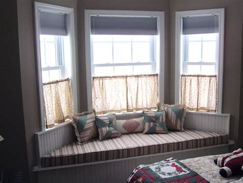 small bay window curtain ideas small bay window curtain ideas home design ideas