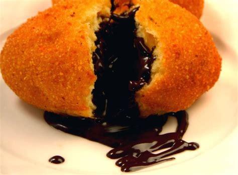 cara membuat adonan roti goreng resep cara membuat roti goreng isi cokelat resep masakan