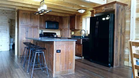 Reclaimed Barnwood Kitchen Cabinets ? Barn Wood Furniture