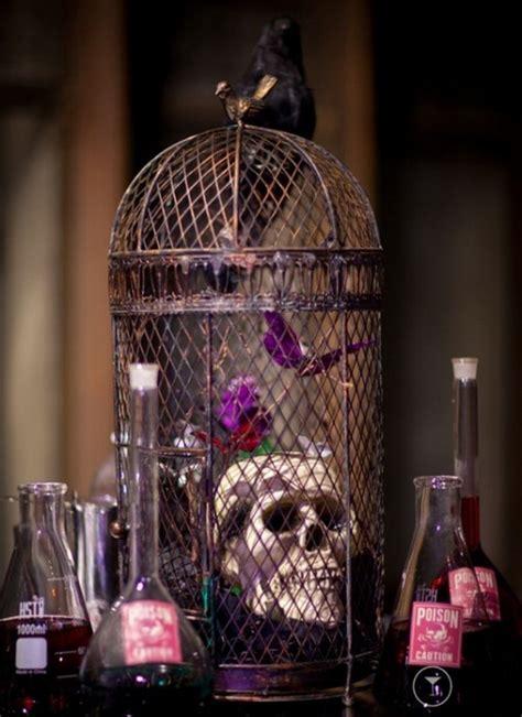 Creative Halloween Wedding Centerpiece Ideas For Autumn