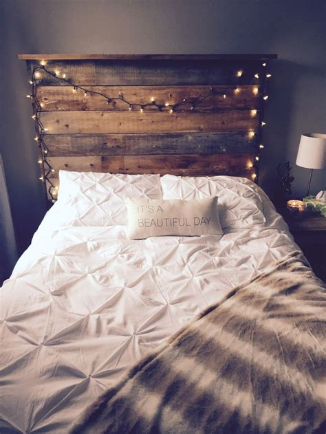barnboard headboard 25 best ideas about headboard lights on pinterest