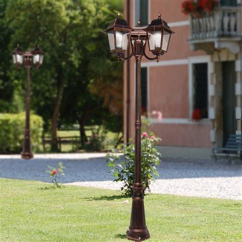 illuminazione per esterno giardino athena lione palo 3 lanterna quadrata classica