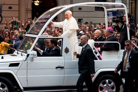 pope mobile popemobile spotted in nairobi photo naibuzz