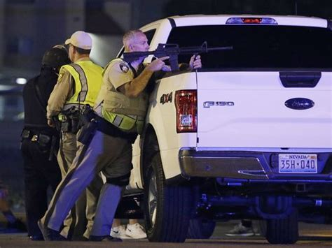 las vegas shooting 2017 shooter las vegas shooting veteran drives victims to safety in