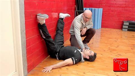 esercizi lombari a casa come sviluppare i muscoli della schiena esercizi da fare