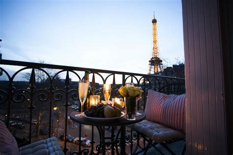 apartment in eiffel tower beautiful two bedroom vacation rental in the 6th