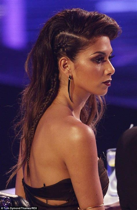 shave in a parting nicole scherzinger is devilish in black cutaway gown on