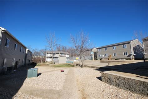 courtyard carthage mo apartment finder courtyard apartments osage mo apartment finder